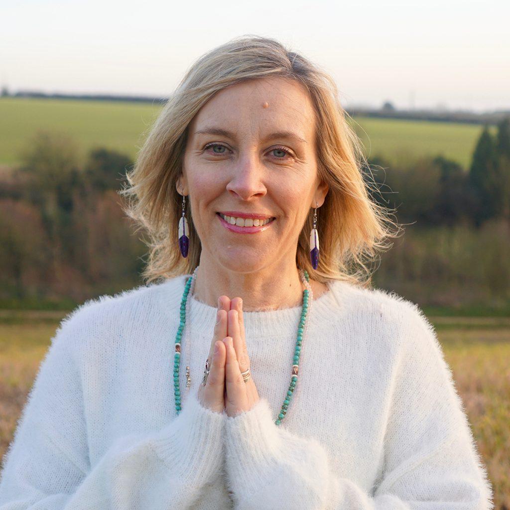 Mellulah - Saira - Yoga teacher